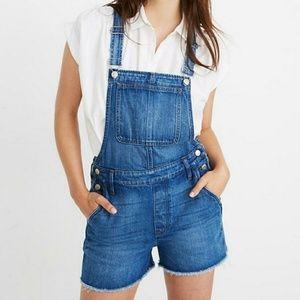 Madewell Adirondack short overalls size large